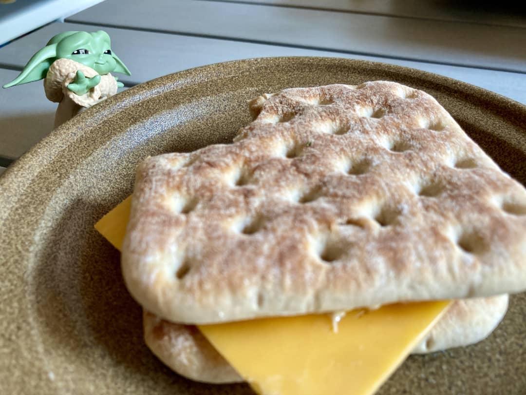The Child wants the tasty Softbrød.